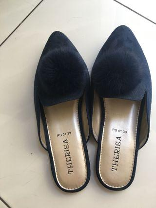 Flat shoes bulu