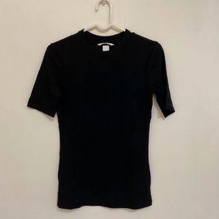 H&M  黑色短袖上衣