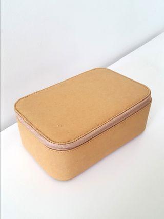 Aesop Pouch Bag Box