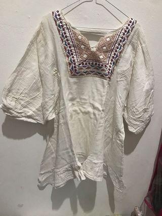 Baju putih / bohemian style