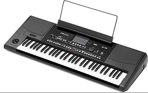KORG PA300 Keyboard