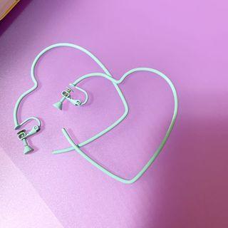 全新🔥藍色愛心環耳夾 (微重)