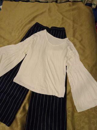 (正韓)簡單有型白彈性喇叭袖上衣