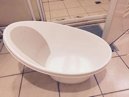 Shnuggle浴盆