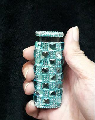 鑲嵌水晶鑽-華麗時尚防風打火機(湖藍色)