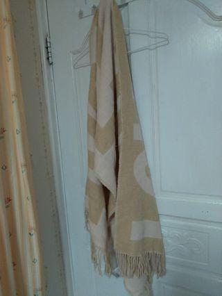 H&M米色圍巾/披肩