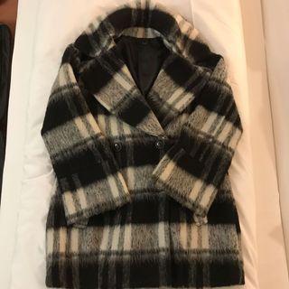 Heather 黑白格紋大衣