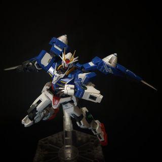 Gundam RG 00 Raiser sudah rakit tinggal pajang