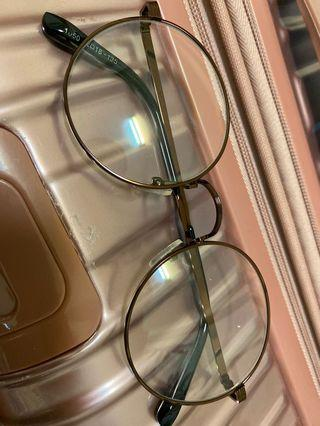 古銅色金屬圓框眼鏡