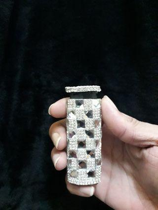 鑲嵌水晶鑽-白金時尚水晶鑽防風打火機