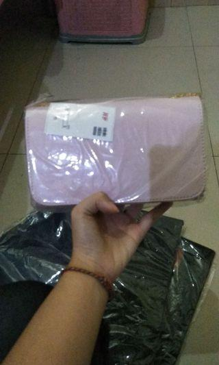 HnM clutch, new with tag