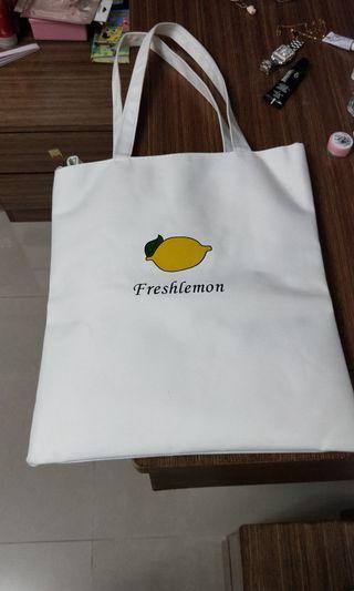 檸檬肩背包