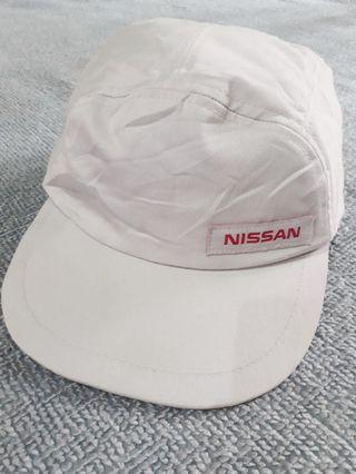 Cap Nissan