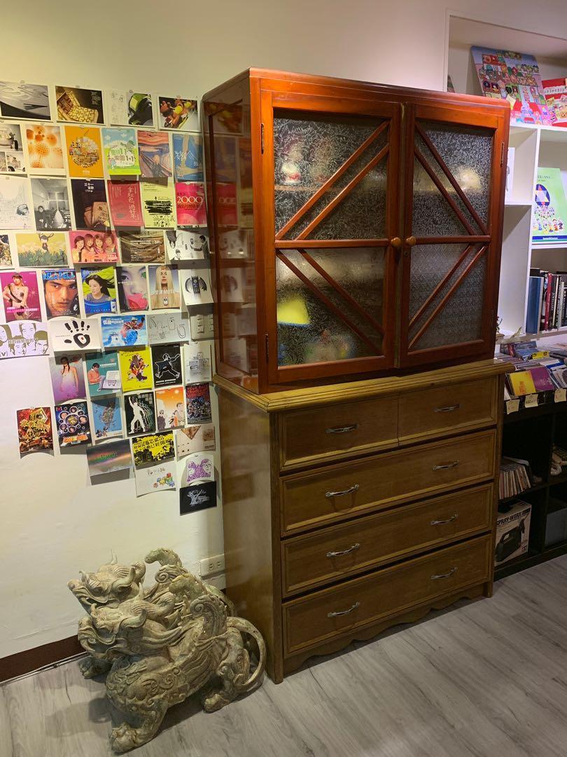 老櫥櫃 物況佳 只有一座(上) 請細看說明 NT$3800元 不含運和其他物品