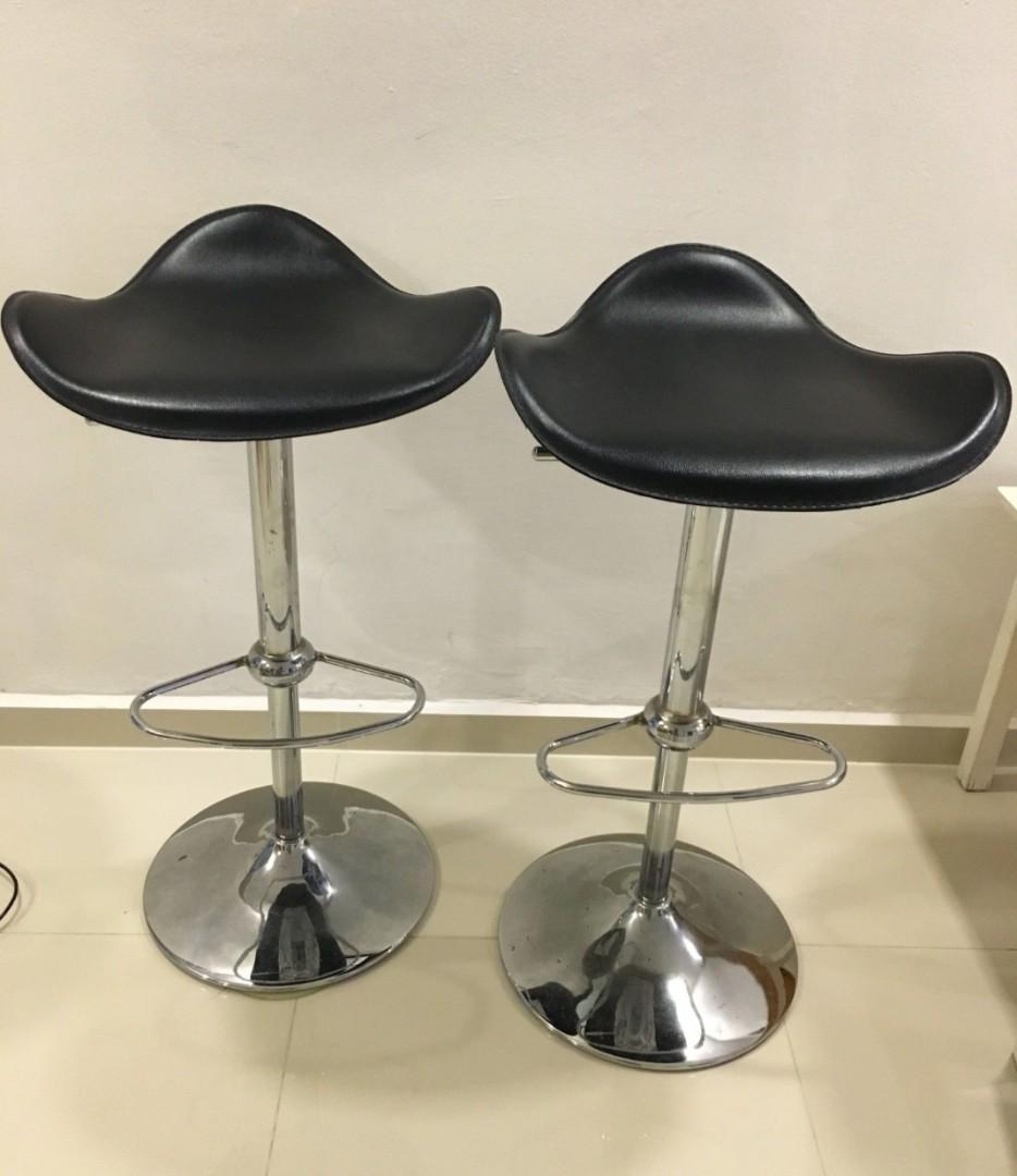 2 pieces Bar stool