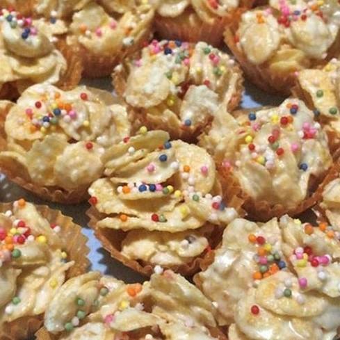 Cornflake white coklat