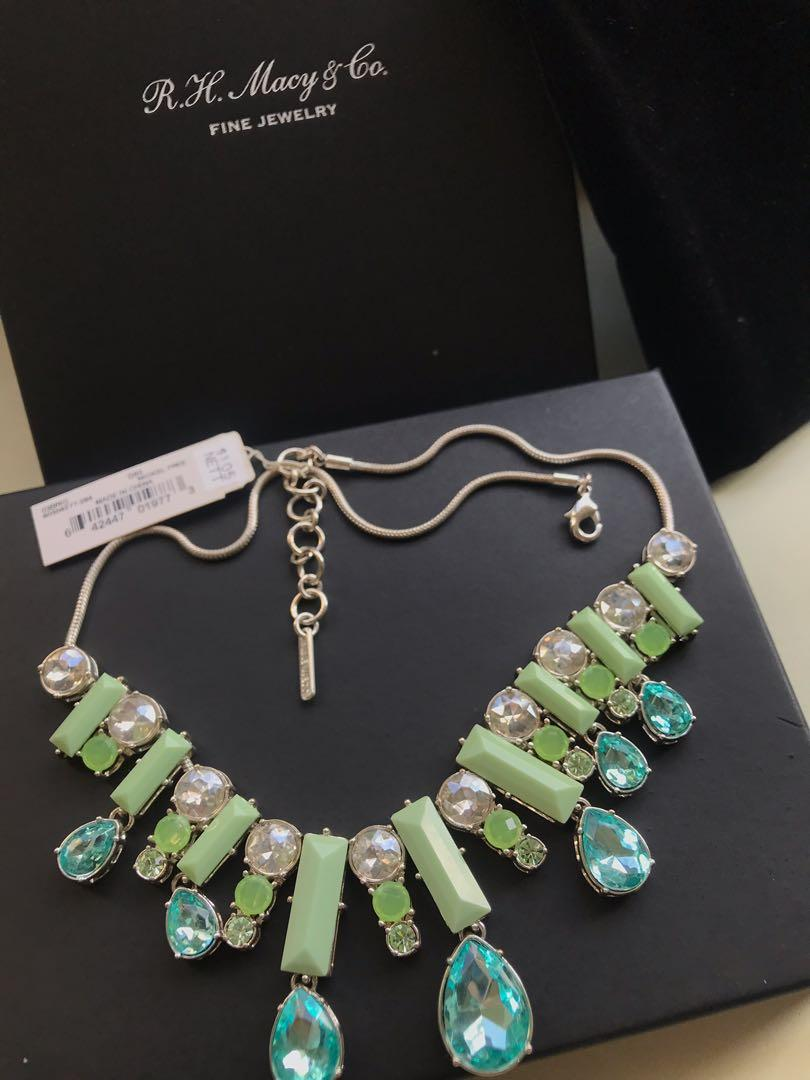 Costume Jewelry: Evening or Work Necklace
