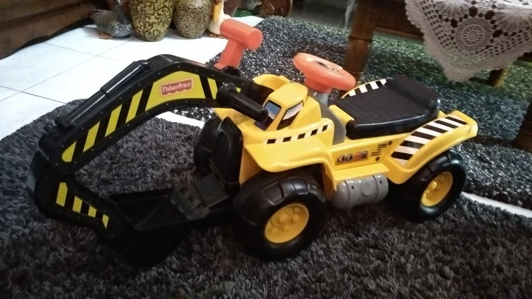 Fisher Price Big Action Digger Ride On