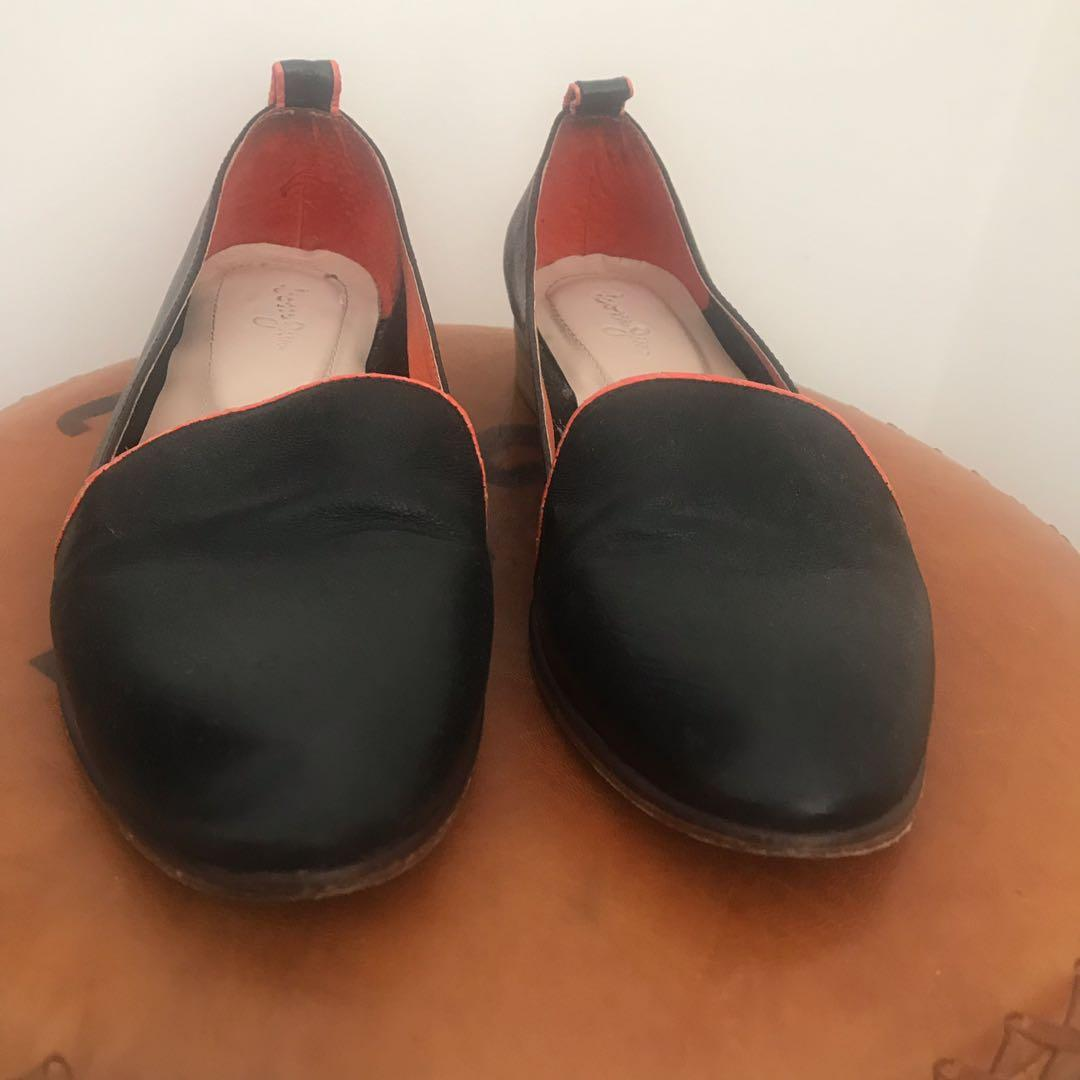 Italian leather womens ballet flat shoes  - navy with orange trim