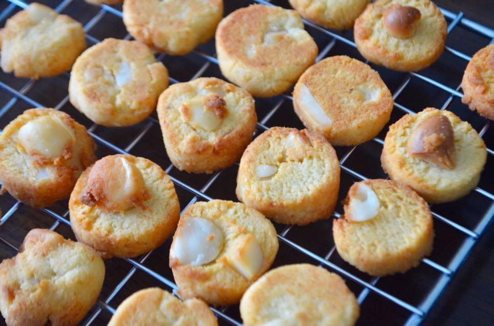 Macadamia Cookies (Keto, Low-crab, Sugar free)