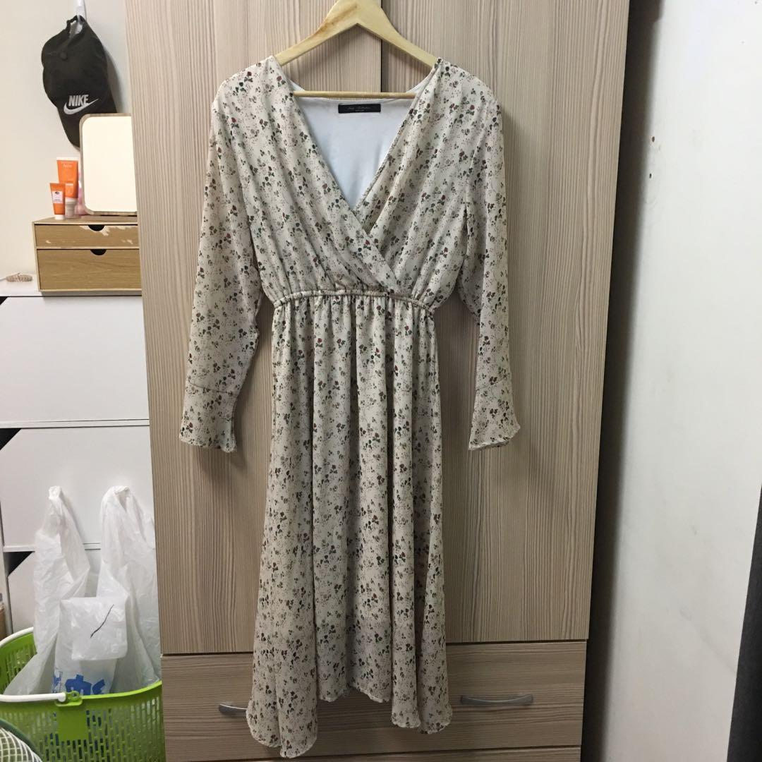 Queen shop碎花洋裝