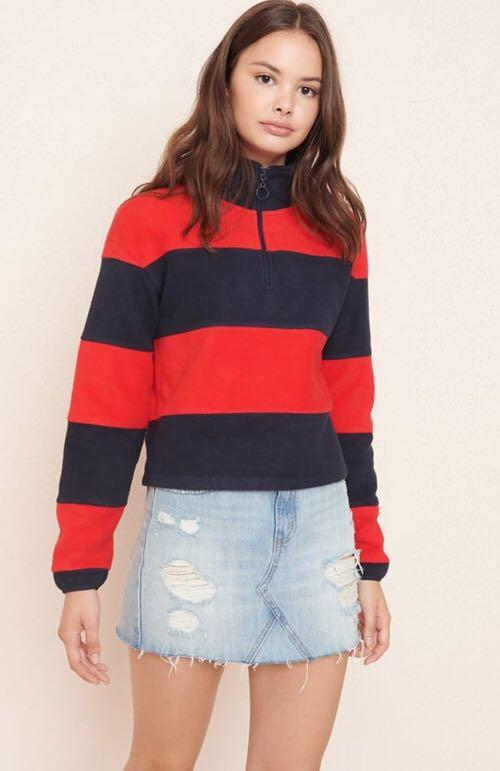 Red and navy pullover