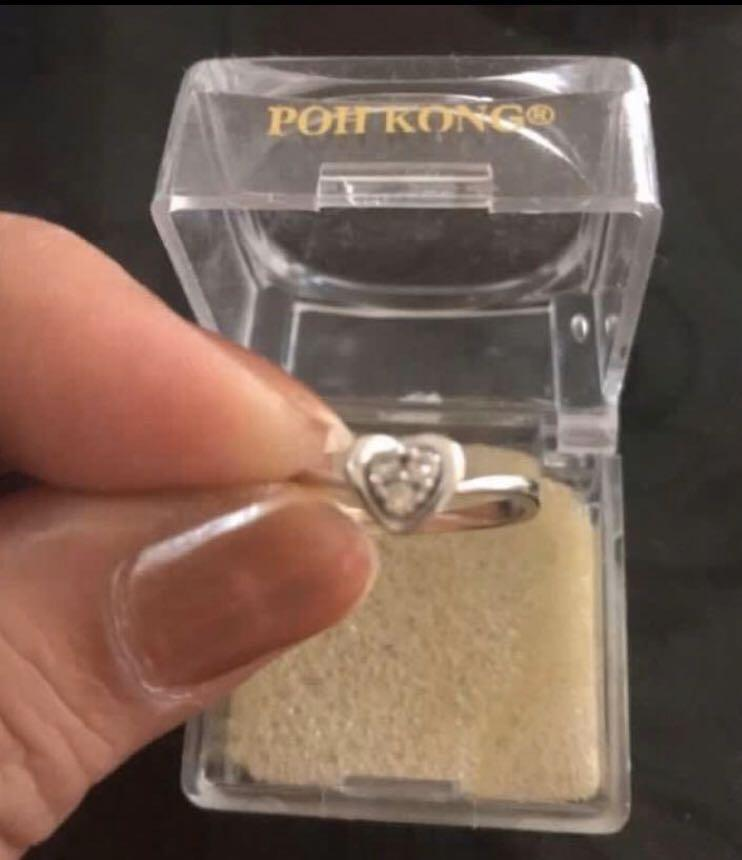 White gold ring with real diamonds