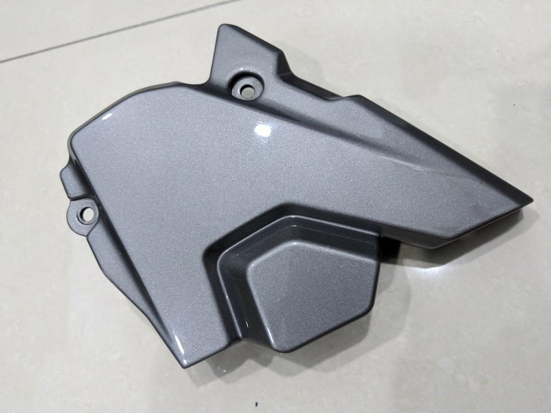 Y15ZR crankcase cover complete set (repaint)