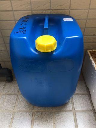 28公斤 大塑膠桶 長方桶 空桶 空油銅 沙拉油桶