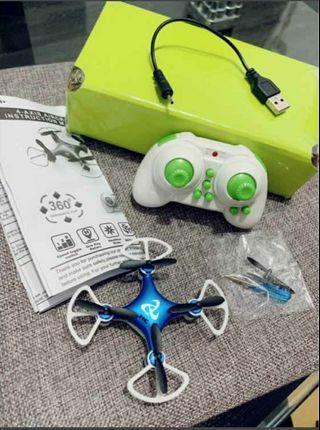 小型遙控飛機 可USB充電 全新  僅測試而已