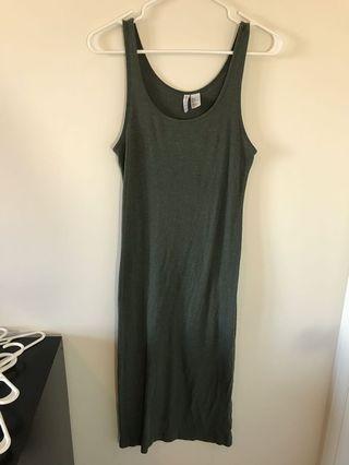 H&M Ribbed Midi Dress - #SwapCA