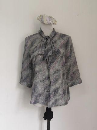 Vintage printed gret blouse top