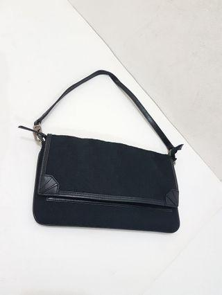 DKNY  Clutch Authentic