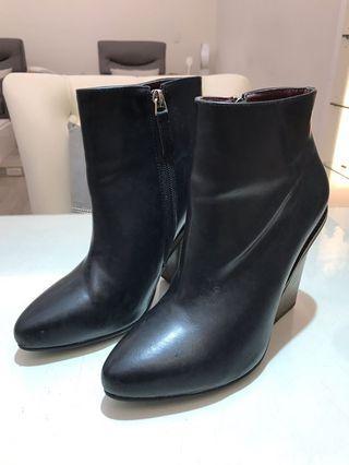 韓國Boyan尖頭短靴