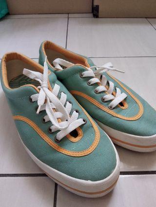 Pallas Jazz Low Cut Shoe
