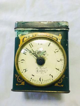 Table Clock cliper brand tea