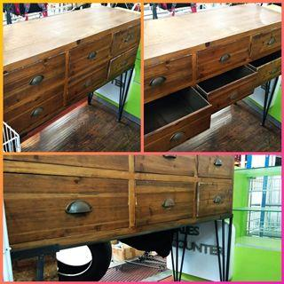 Classic Brown Wood Table With 6 Drawer