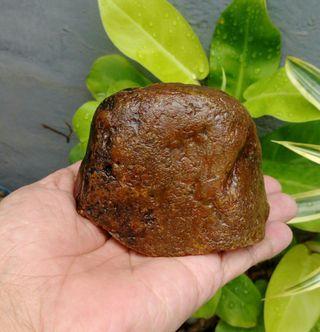 天然山形黃玉原礦小擺件/珍藏品便宜出清,重約570公克,特賣488元