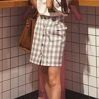 灰白格子短裙