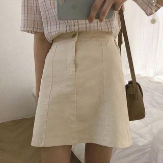奶油色☕️韓國高質感基礎百搭版型A字裙 (僅穿過一次)