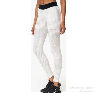 [Original] Nike Pro Hyperwarm Leggings / Sports Tights - M Black