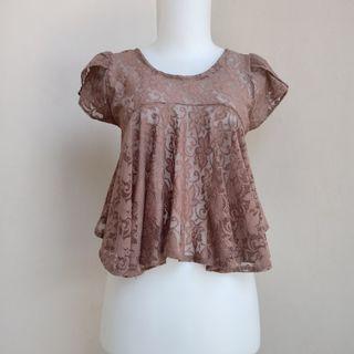 Crop blouse Atasan brokat coklat