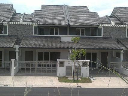 Alam Nusantara, Setia Alam, 2 Sty Spacious House At very Very Good Location
