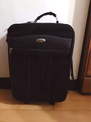 花旗銀行20吋行李箱