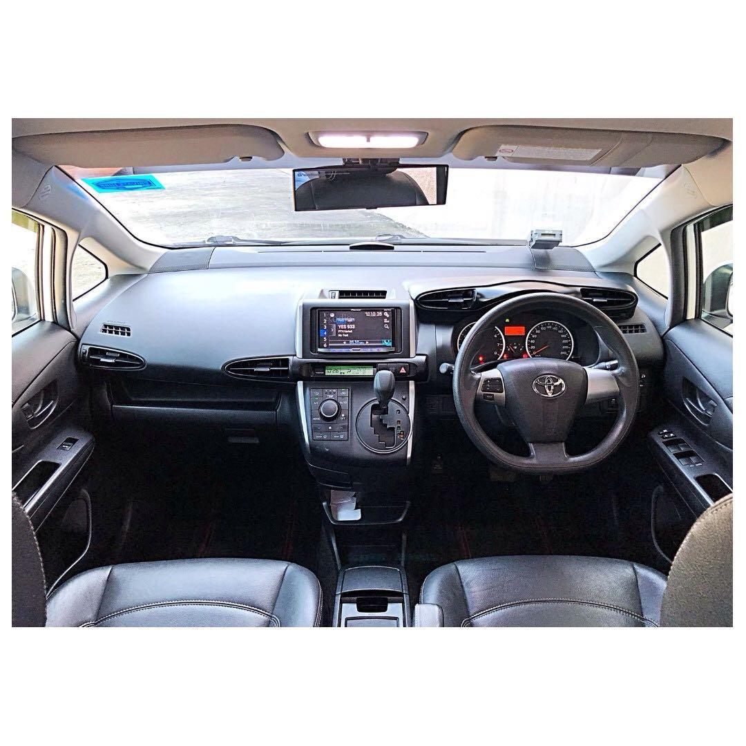 2018 Toyota Wish 7 Seater Go-Jek Rental Rebate / Grab