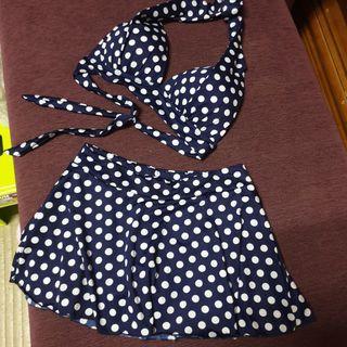 俏皮可愛滿版海軍風顯白深藍點點綁帶二件式比基尼溫泉泳衣