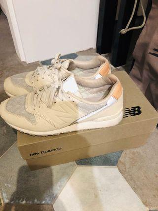 New balance 限量鞋(原價4250)