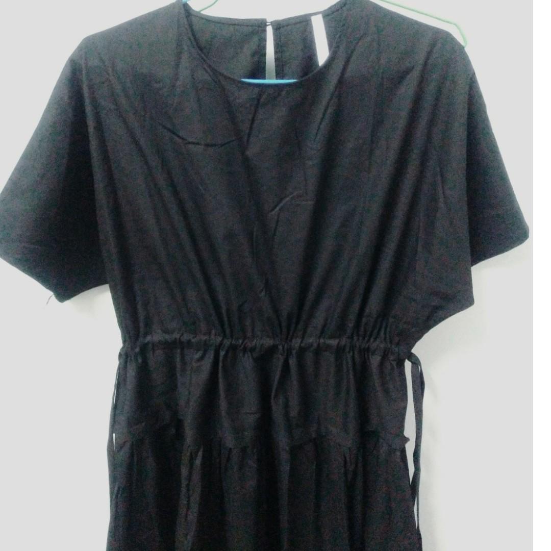 圓領後釦抽繩短袖洋裝