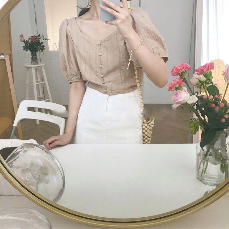焦糖奶茶色法式復古泡泡袖顯瘦上衣 (僅穿過一次)