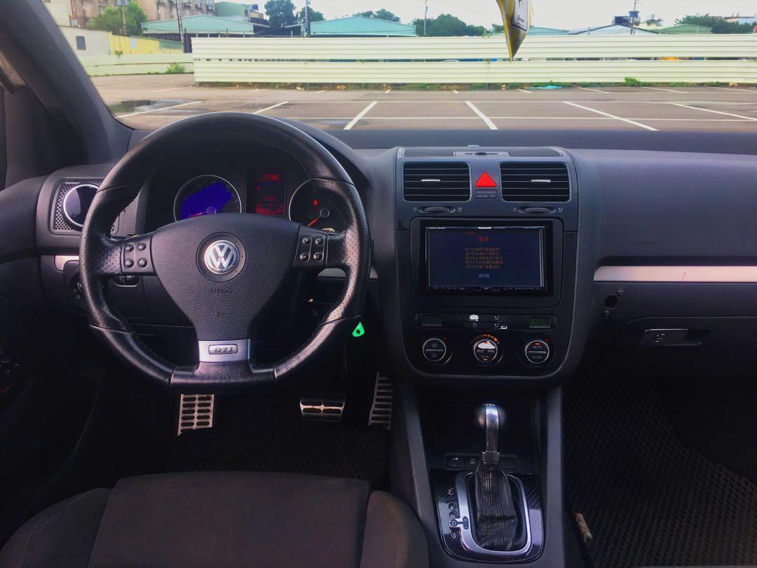 福斯小鋼砲 Golf GTI 全車精品 回去直接帥 雙證件即可交車